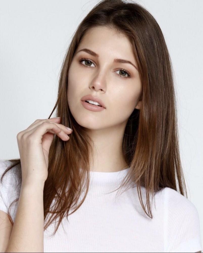 Débora Lenartovicz