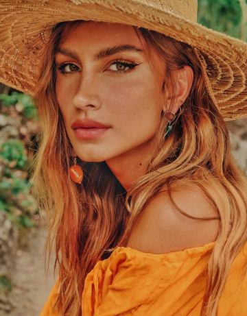 Alana Tavares