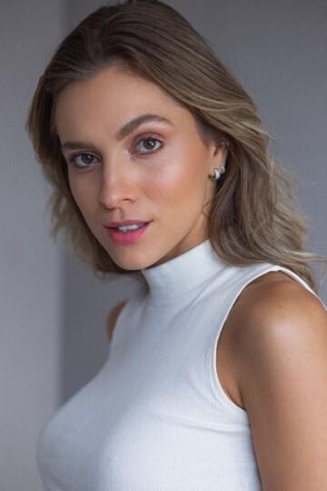 Aline Hodecker